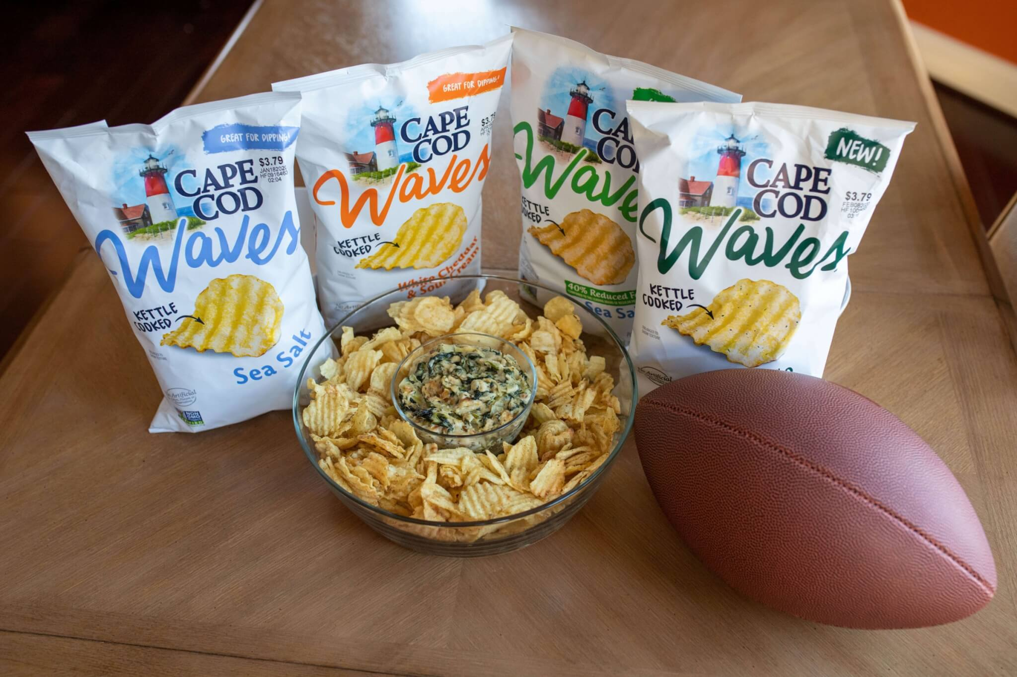 Cape Cod Chips, Cape Cod potato chips, Cape Cod Waves®Chips, best potato chips, kettle cooked chips, crunchy potato chips, @CapeCodChips, Cape Cod Chips Waves®, spinach artichoke dip recipe